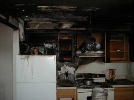 срочная уборка в квартире после пожара