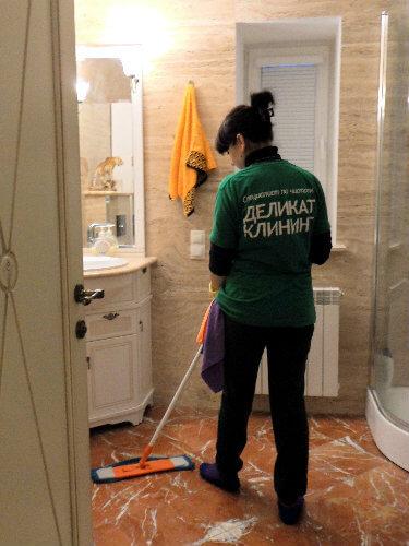 Размывка пола при генеральной уборке помещений